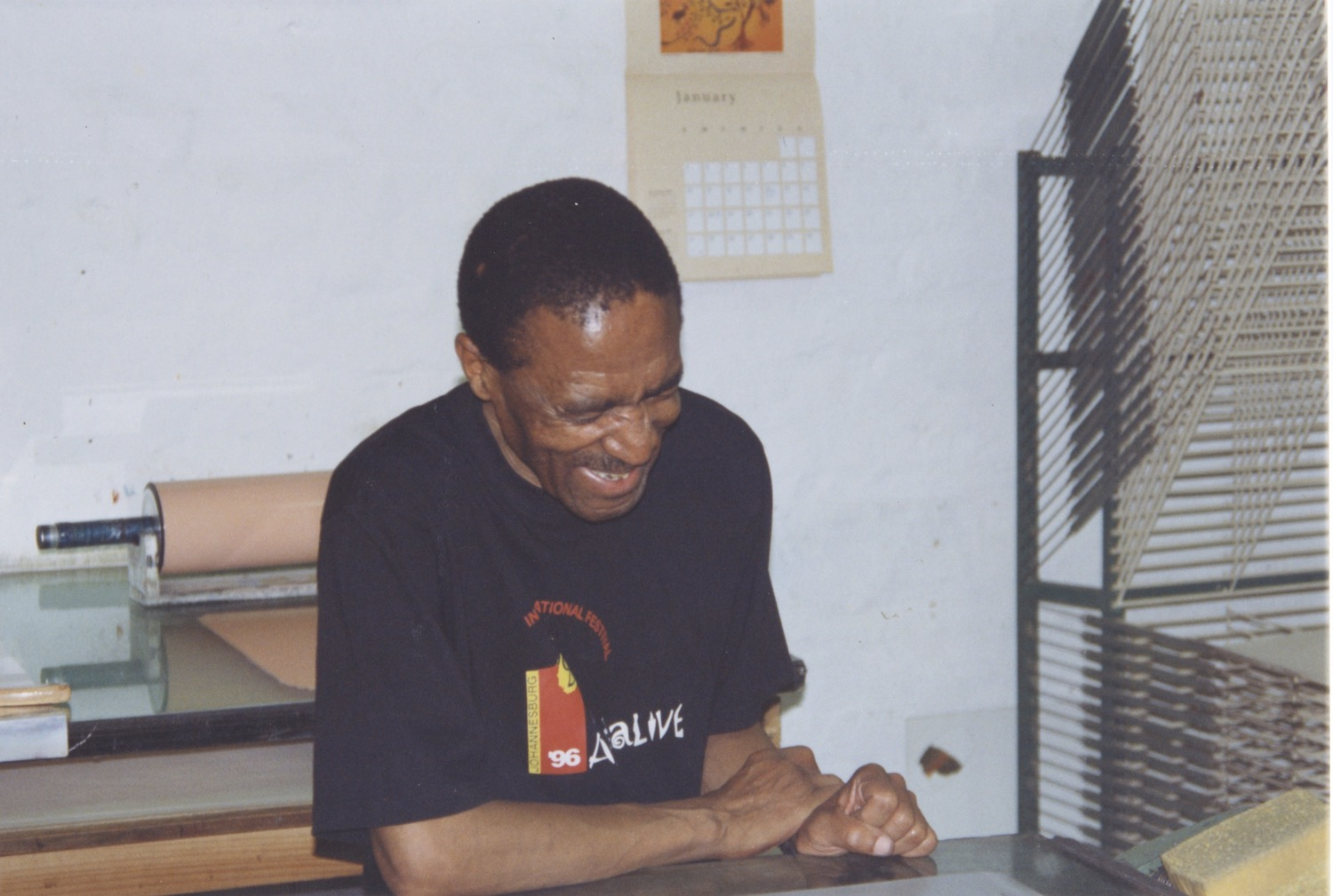 Photograph of David Koloane at the Bag Factory in The Artists' Press studio